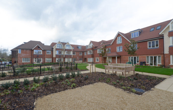 Anchor retirement scheme at Hampshire Lakes